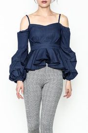 Gracia Cold Shoulder Top - Front cropped