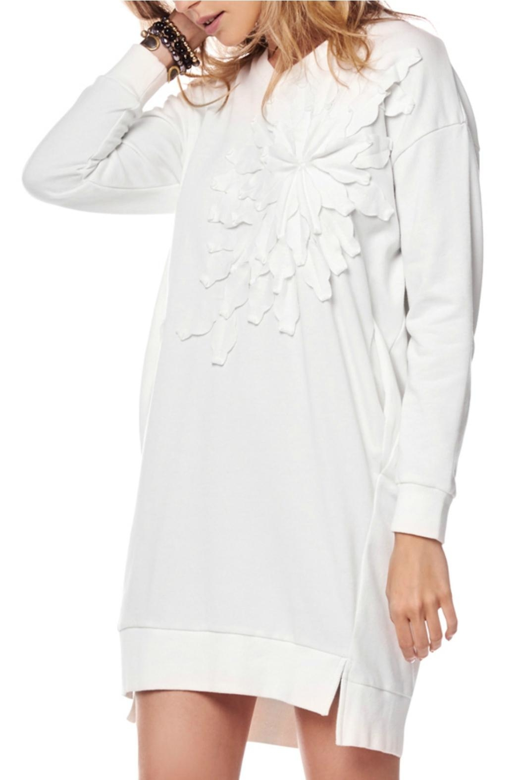 Gracia Oversized White Dress - Front Cropped Image