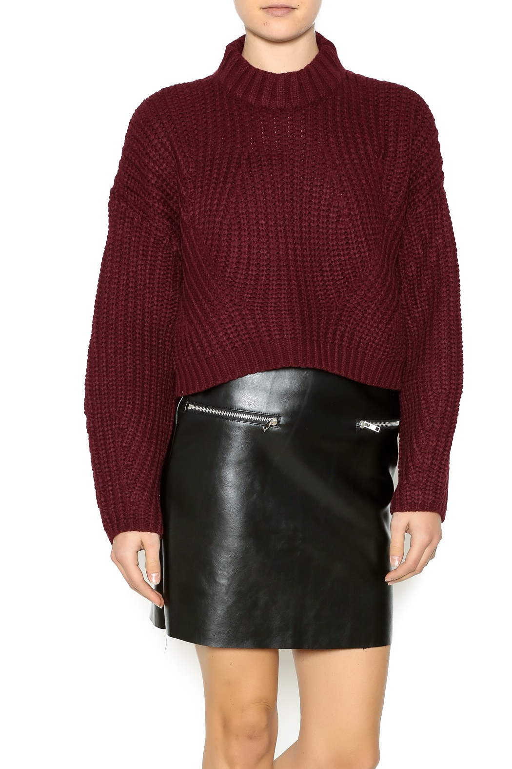 Gracia Short Sweater - Front Cropped Image