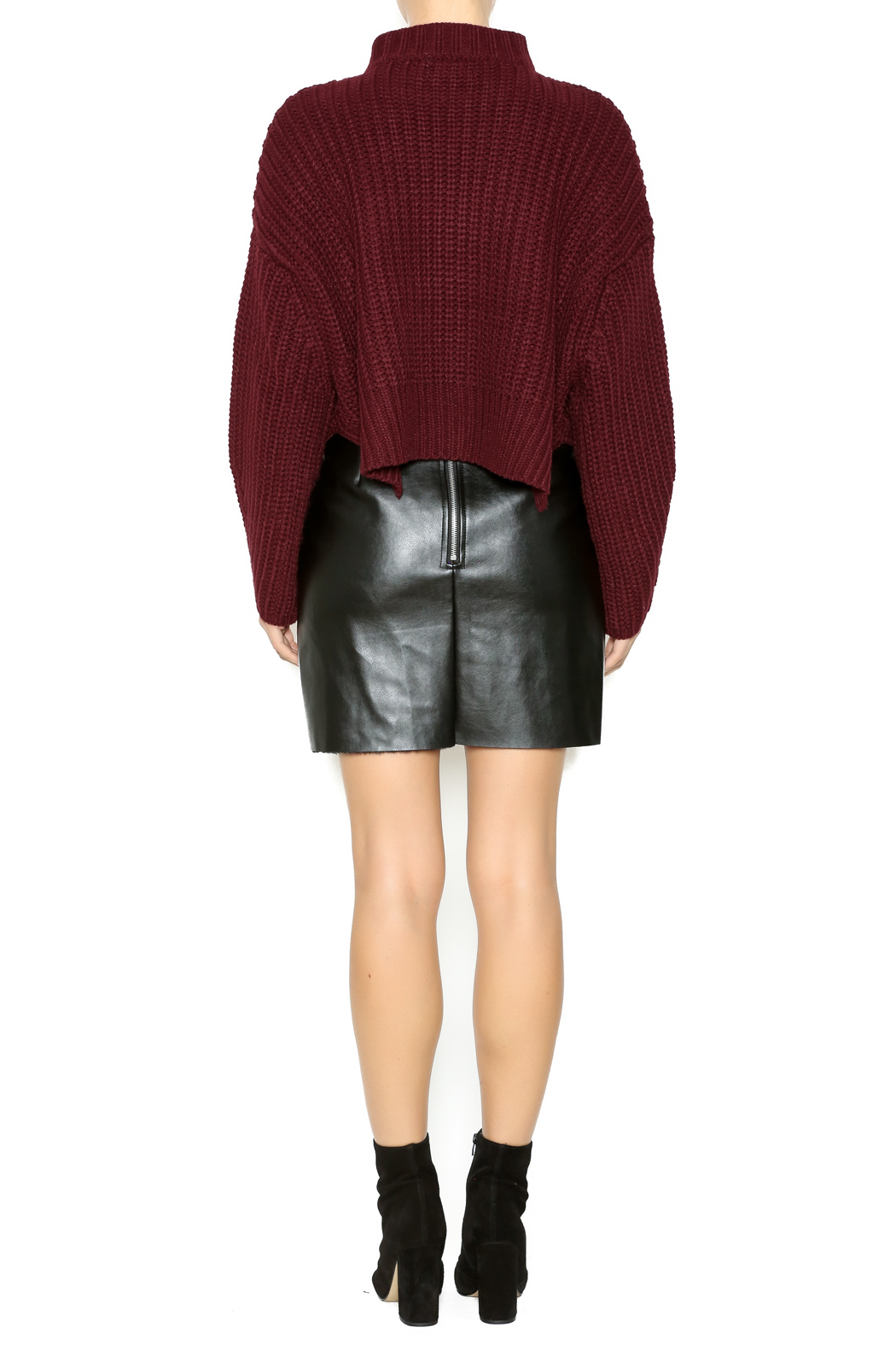 Gracia Short Sweater - Side Cropped Image