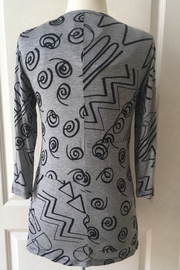 Lynn Ritchie Gray and black tunic zipper down top - Front full body