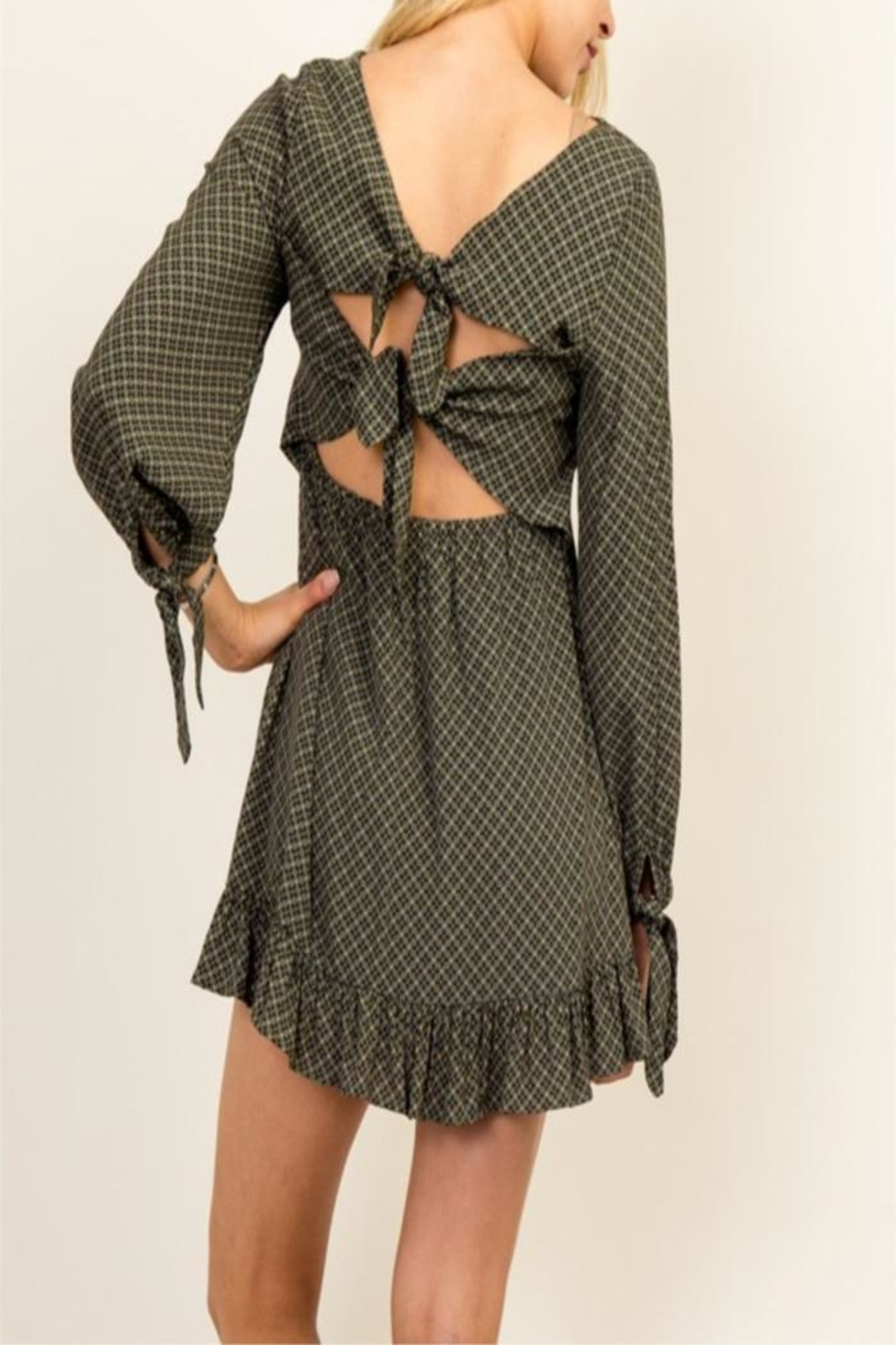 Olivaceous Green Queen Dress - Side Cropped Image