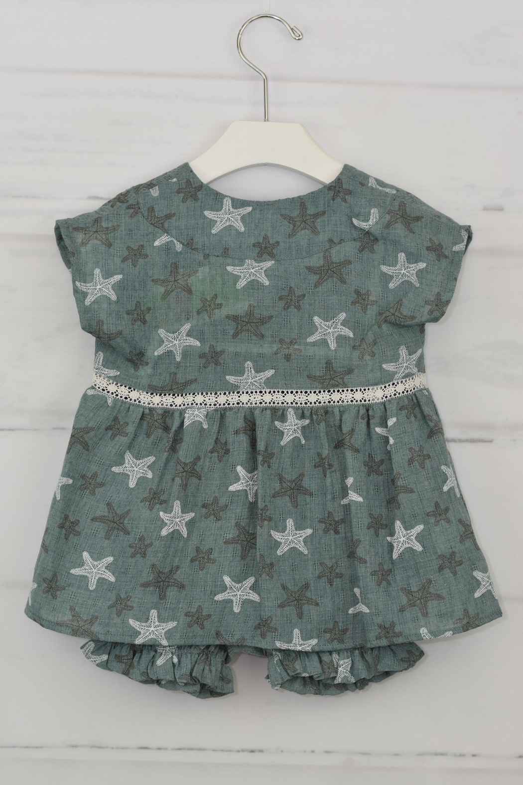 cesar blanco Green Starfish Outfit - Side Cropped Image