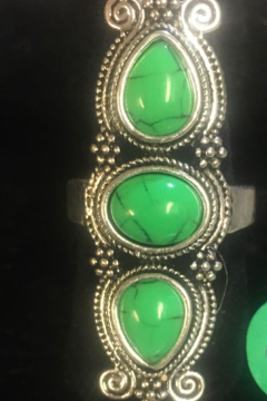 No Label  Green Turquoise and Silver Ring - Alternate List Image