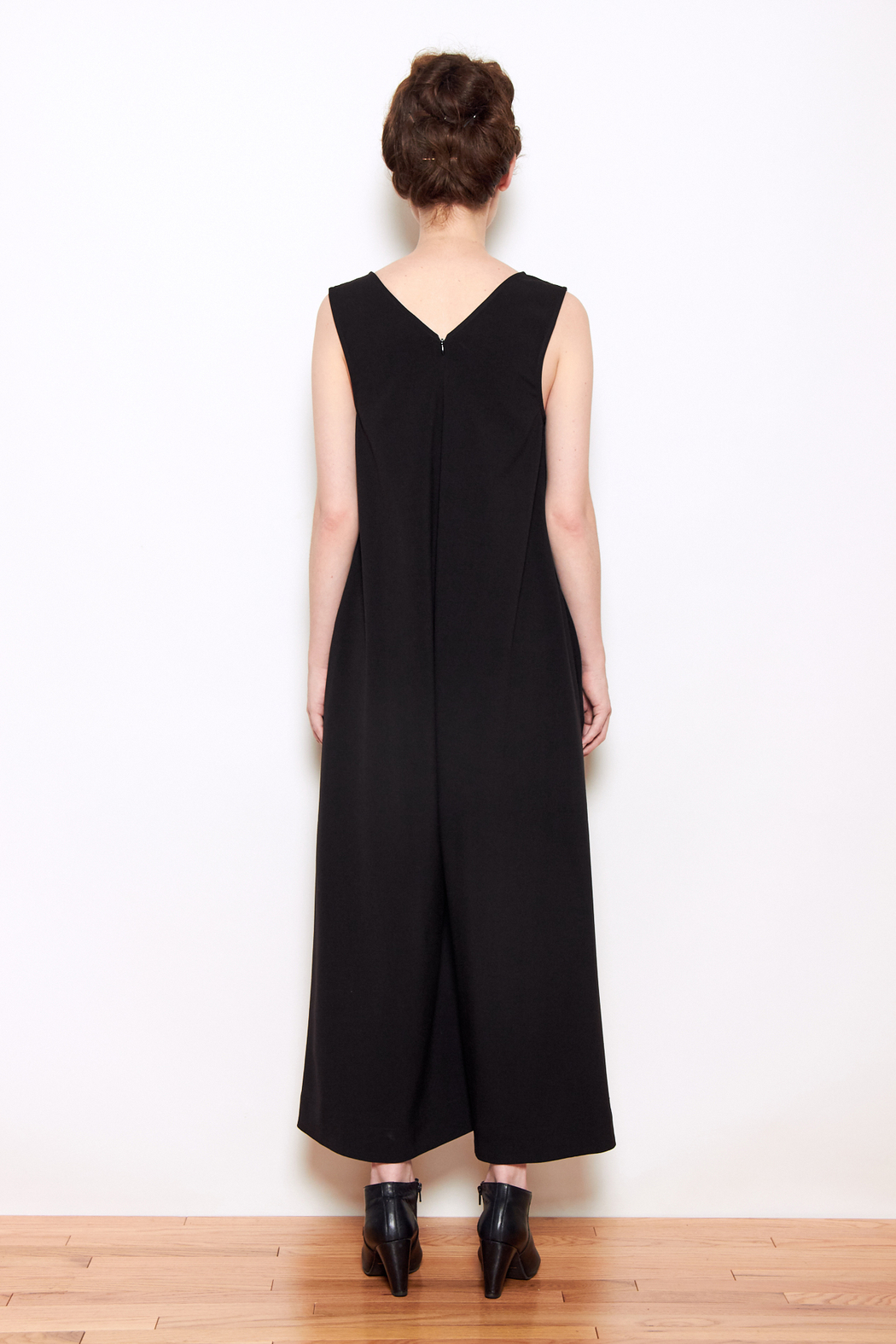 Grei V Neck Wide Leg Jumpsuit From West Village By Personnel Of New