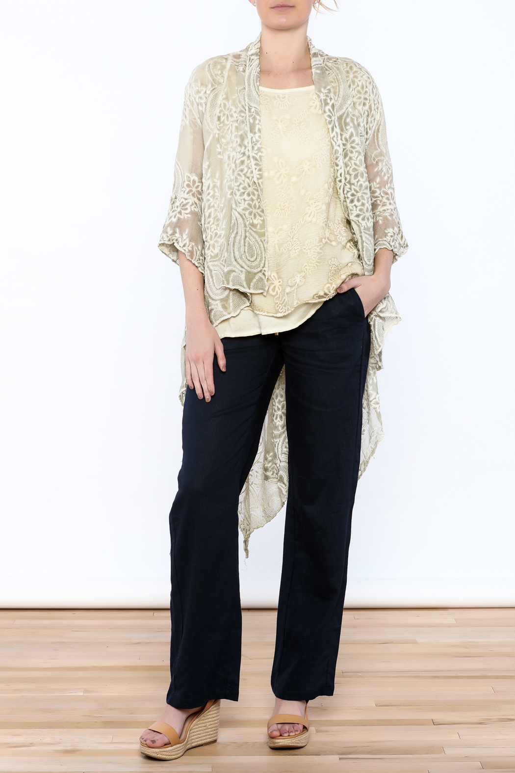 Gretty Zuegar Green Embroidered Silk Duster - Front Full Image
