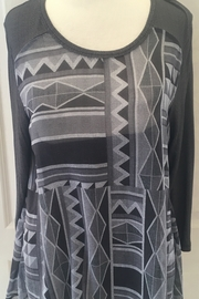 Lynn Ritchie Grey and black abstract two-piece tunic - Product Mini Image