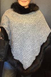 2 Chic Grey Black Poncho - Front cropped