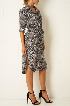 frontrow Grey Leopard Shirt-Dress - Alternate List Image