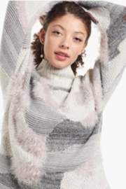 Nic +Zoe Grey Floral print turtleneck sweater - Front full body
