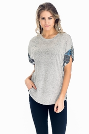 Baciano Grey Paisley Top - Product Mini Image