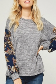 Promesa USA Grey Pattern-Sleeve Top - Product Mini Image