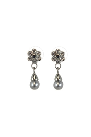Diane's Accessories Grey Pearl Earrings - Product Mini Image
