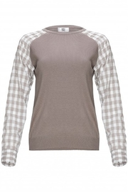 Yal NY Grey sweater with grey/white checkered sleeve - Front cropped