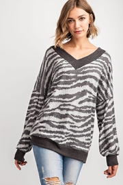 143 Story GREY TIGER PRINT CONTRAST SLOUCHY TOP - Product Mini Image