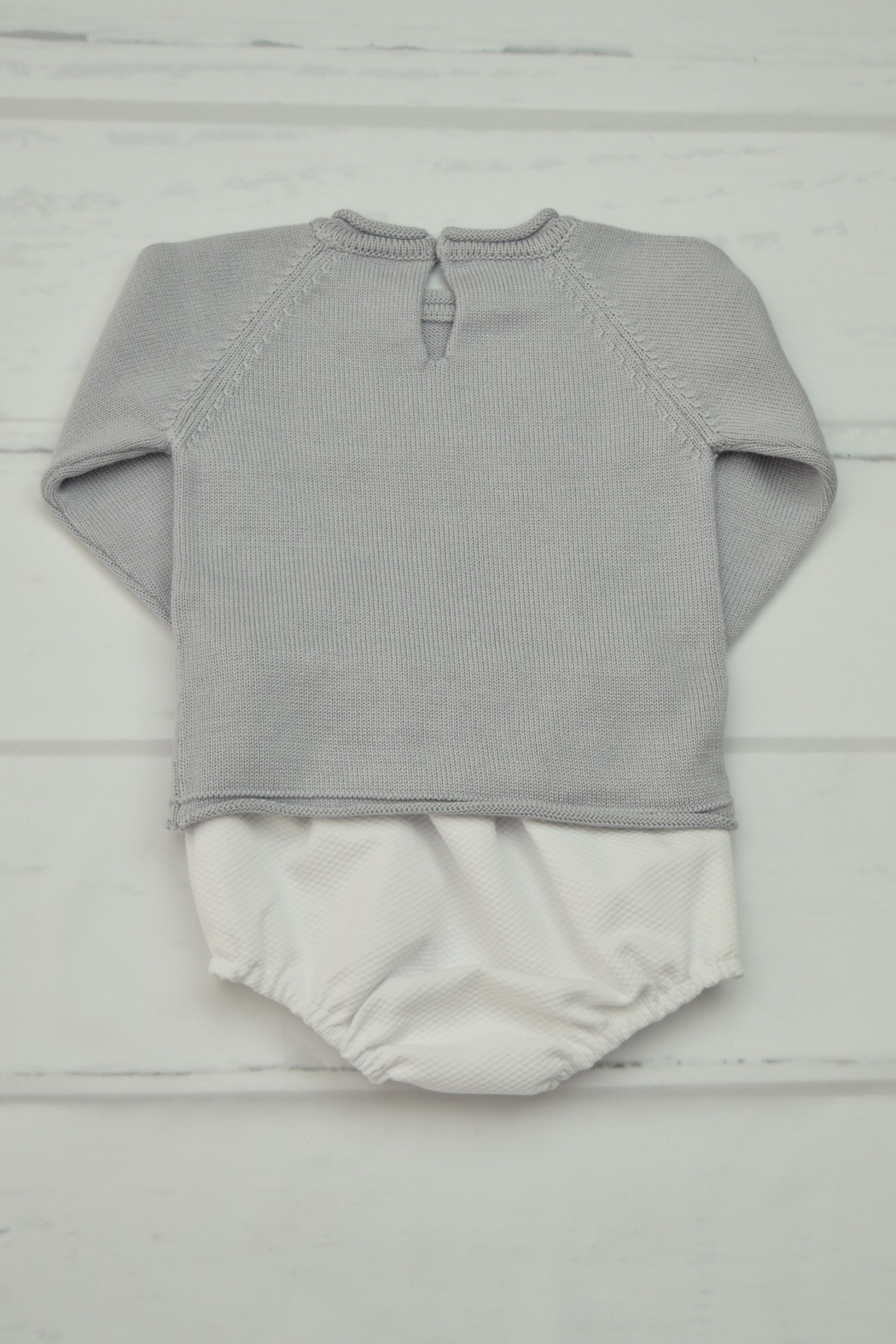Granlei 1980 Grey & White Outfit - Front Full Image