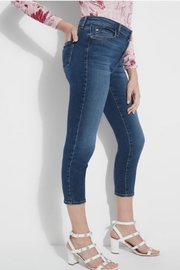 Guess Eco 1981 Cropped High Rise Skinny - Front full body