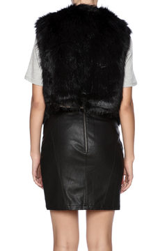 GWBG Black Faux Fur Vest - Alternate List Image