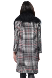 Gypsetters Coat Houndstooth - Front full body