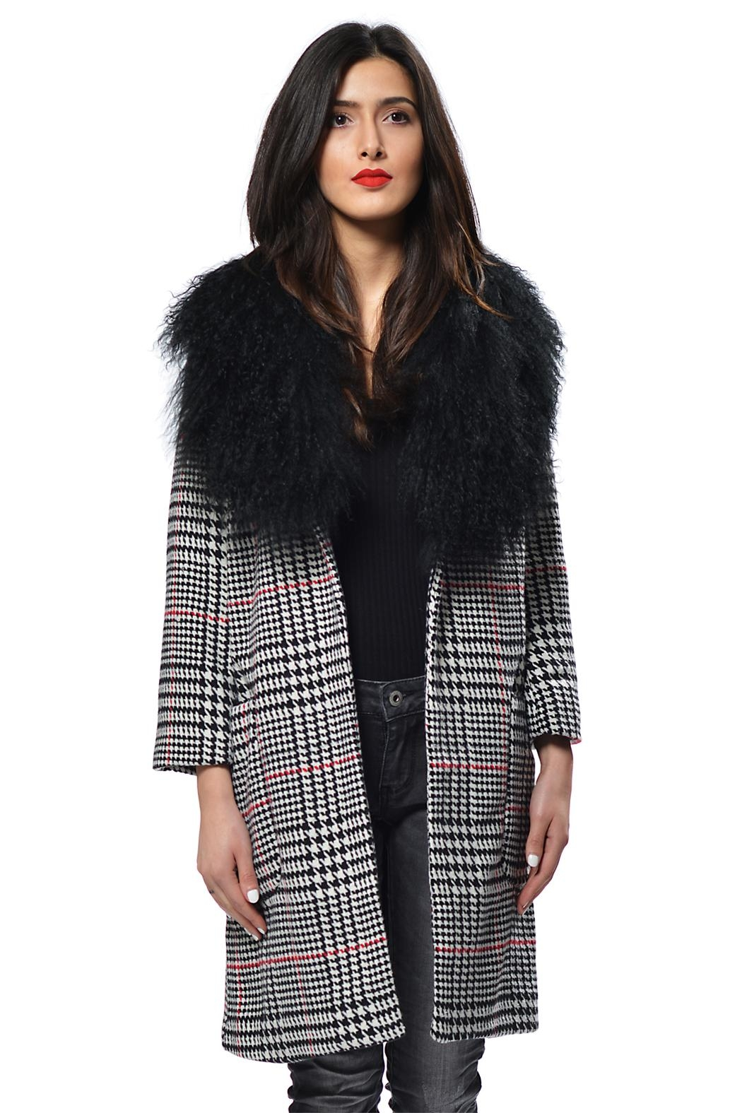 Gypsetters Coat Houndstooth - Main Image