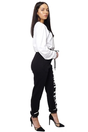 Gypsetters Pants Jogging - Front full body