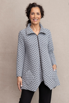 Habitat Natural Inner Circle Zip Front Swing Jacket A36616 - Product List Image