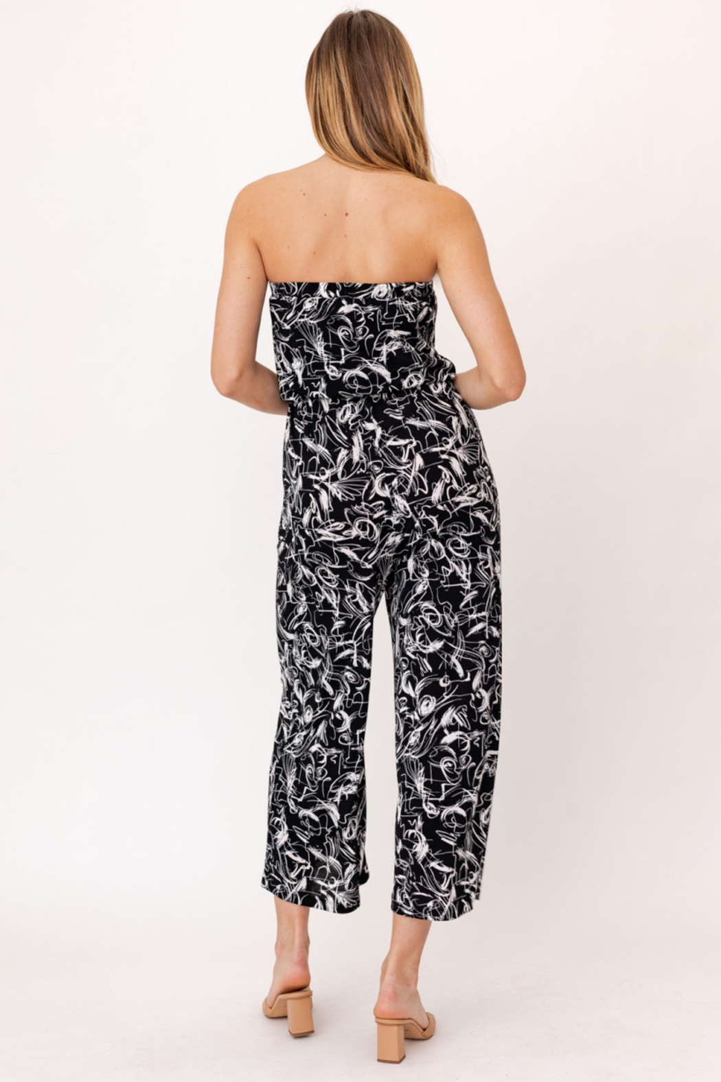 Gilli HADLEE Strapless Abstract Printed Jumpsuit with Pockets - Back Cropped Image