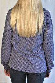 Hailey & Co Waffle Button Top - Side cropped
