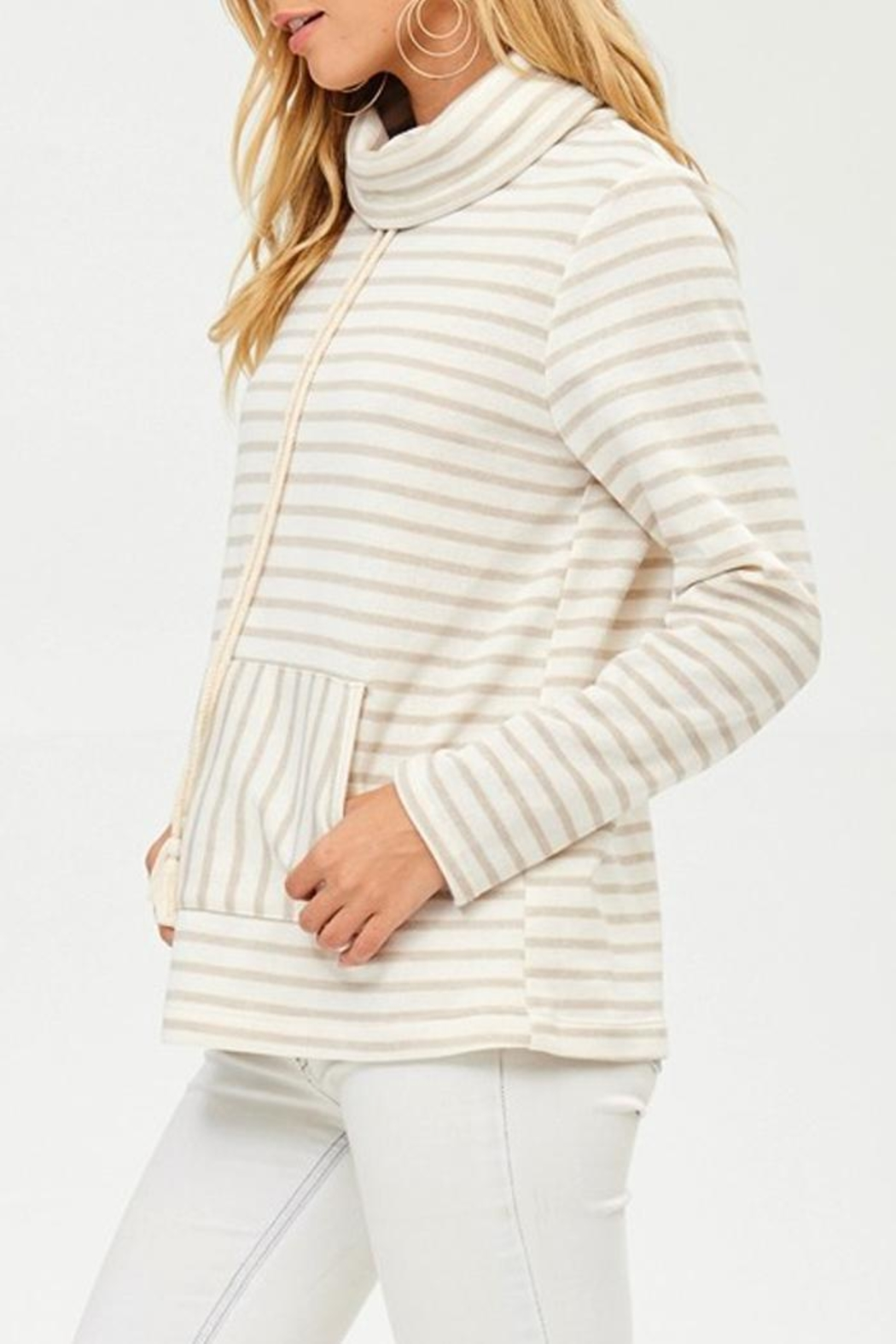 Hailey & Co Winter White Sweatshirt - Front Full Image