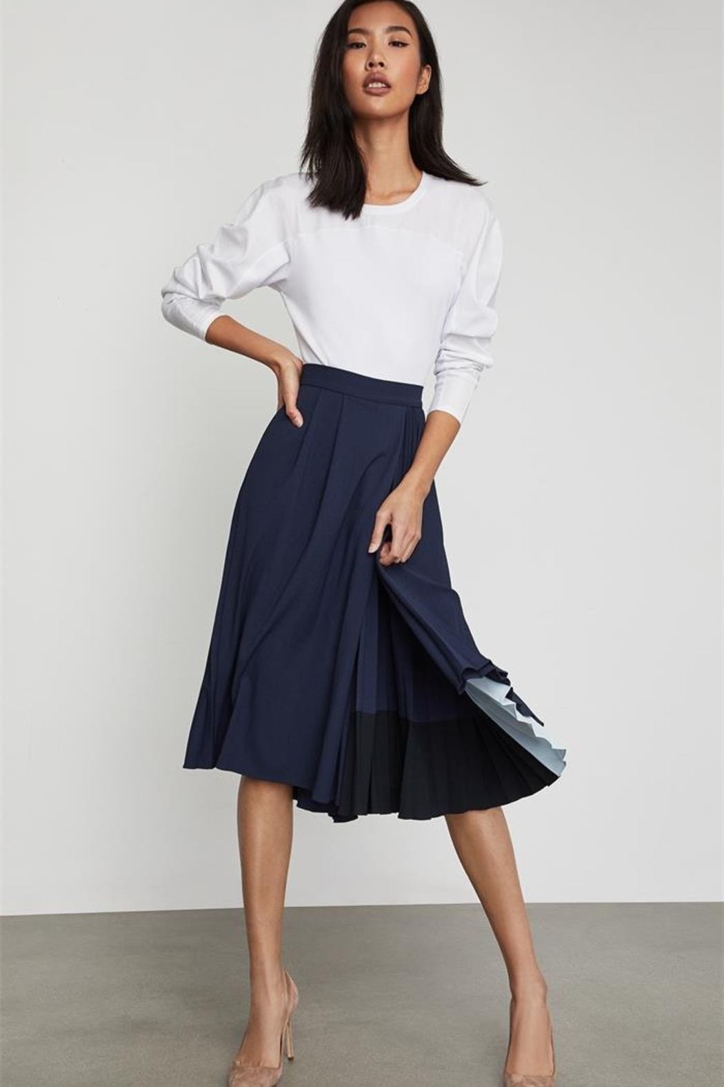 BCBG MAXAZRIA Half Pleat Culotte Pant - Side Cropped Image