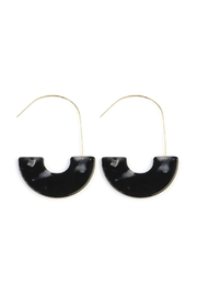 Riah Fashion Half-Tortoise-Disc Threader Earrings - Product Mini Image