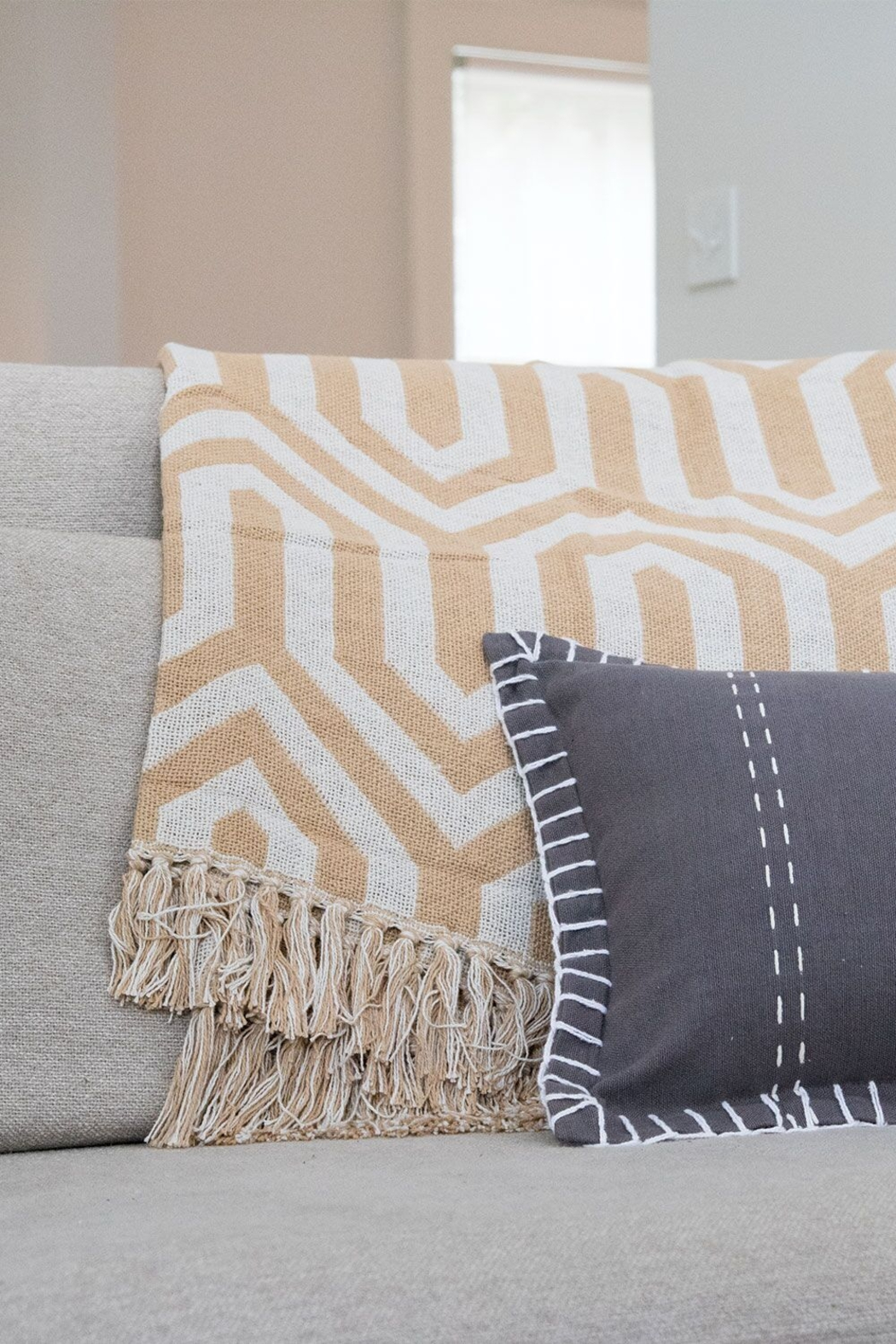 Foreside Home & Garden Hand Woven Hallie Throw - Front Full Image