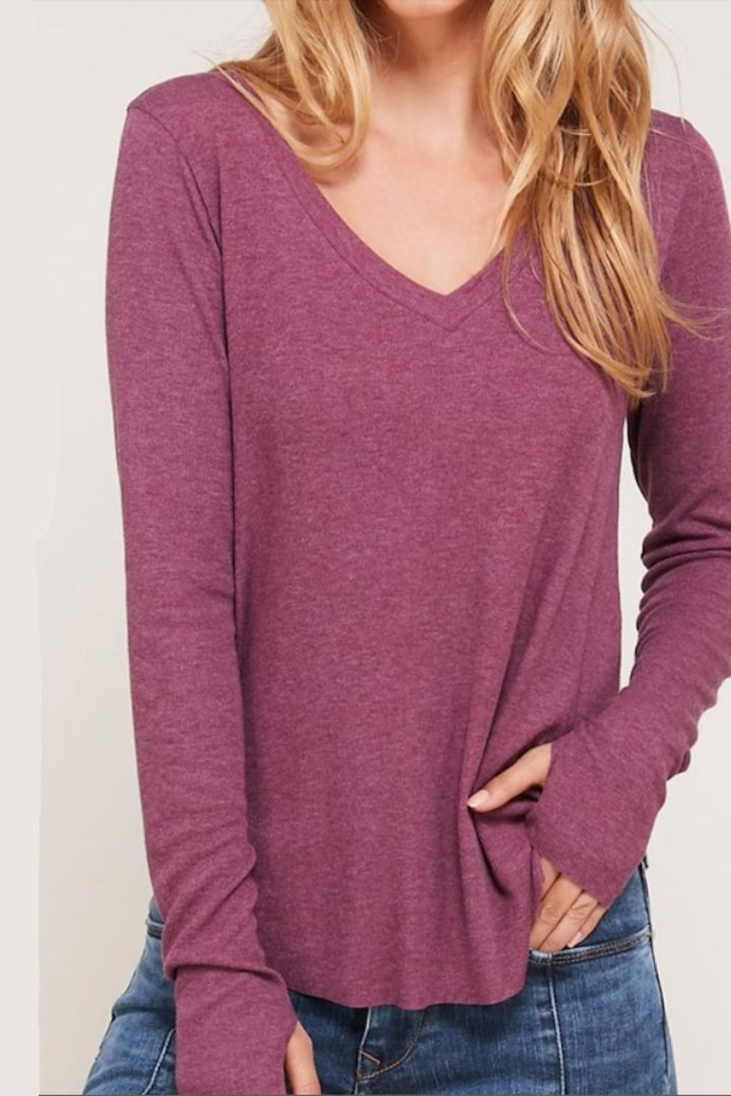 Happy Days USA Heathered Berry V-Neck - Side Cropped Image