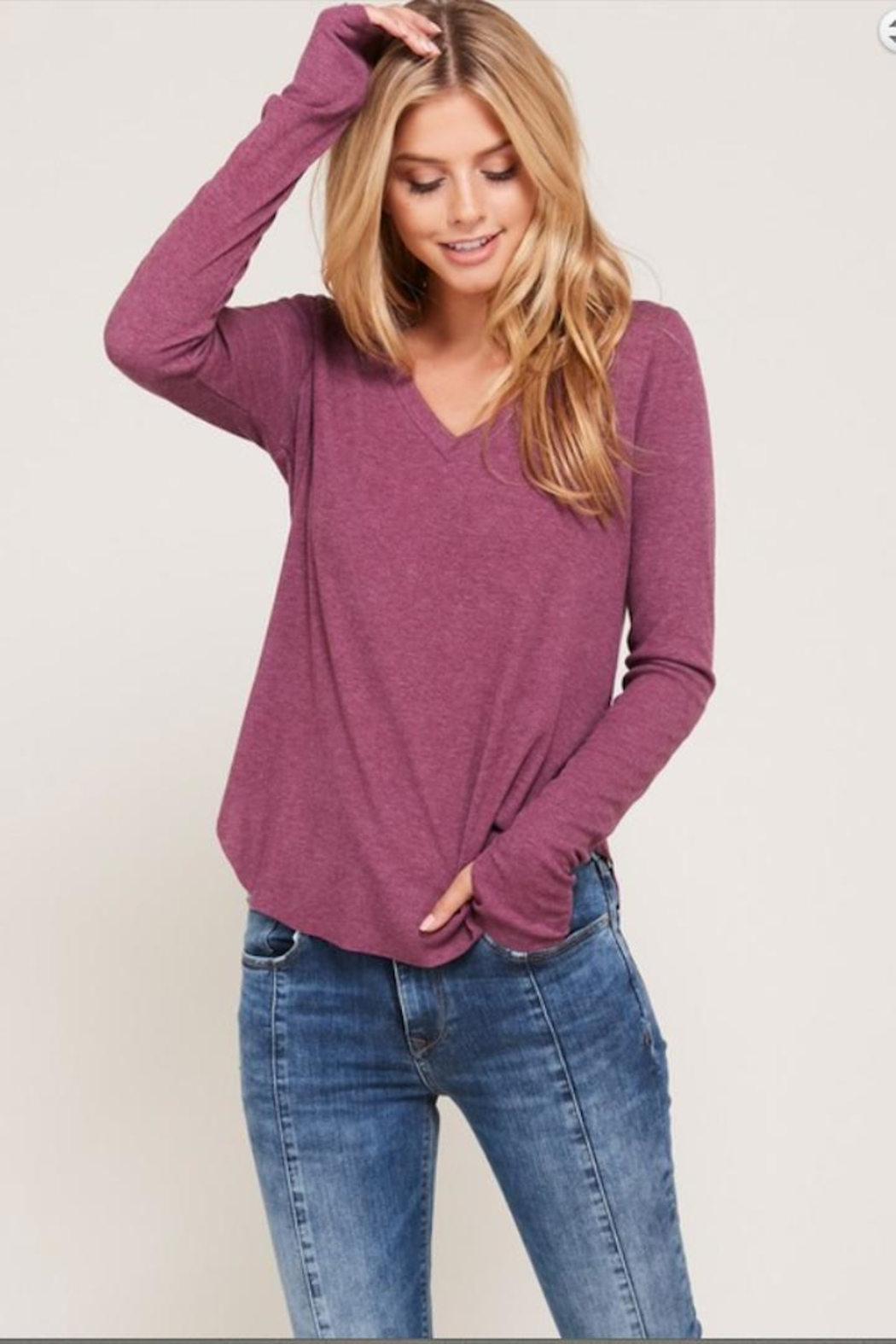 Happy Days USA Heathered Berry V-Neck - Front Cropped Image