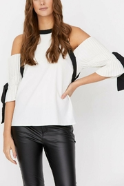 Haute Rogue Haute Rouge Blouse - Front cropped