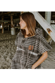 Slowtide Hayden Changing Poncho - S/M - Back cropped