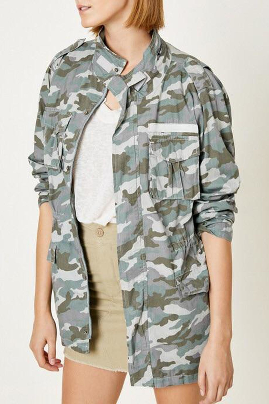 Hayden Los Angeles Cargo Camo Jacket - Front Full Image