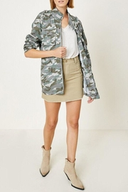 Hayden Los Angeles Cargo Camo Jacket - Back cropped