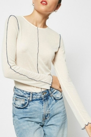 Hayden Los Angeles Exposed Seam Top - Front cropped