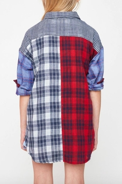 Hayden Los Angeles Plaid Button-Up Top - Alternate List Image