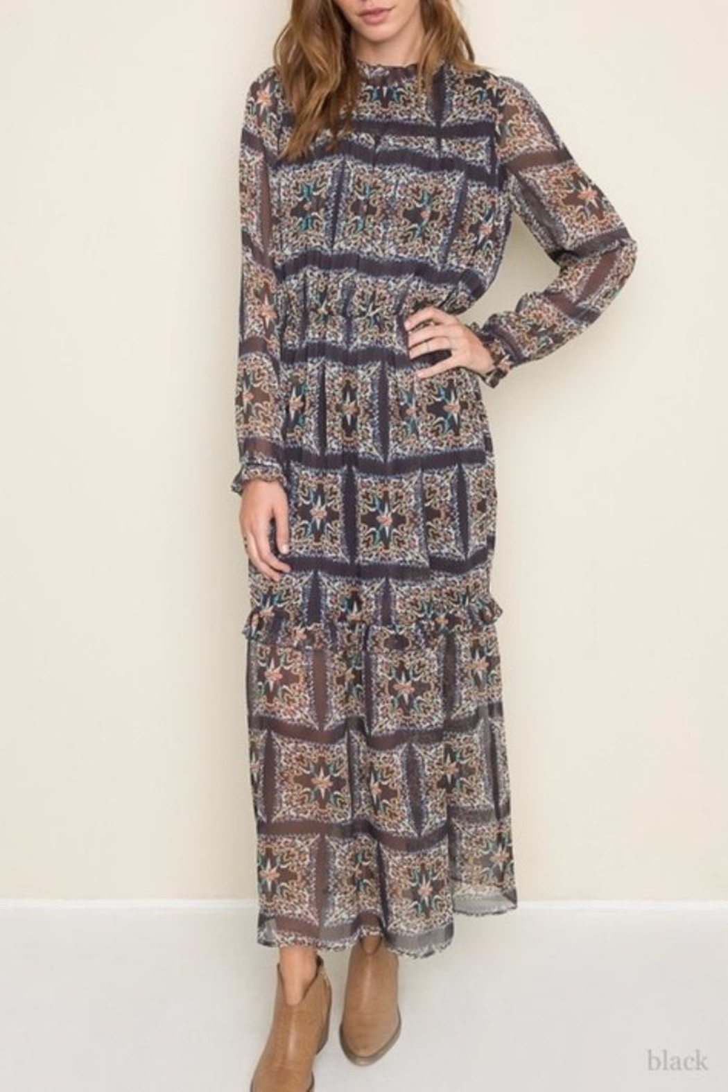 Hayden Los Angeles Print Maxi Dress - Front Cropped Image
