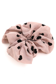FAME ACCESORIES Heart Scrunchies - Front full body