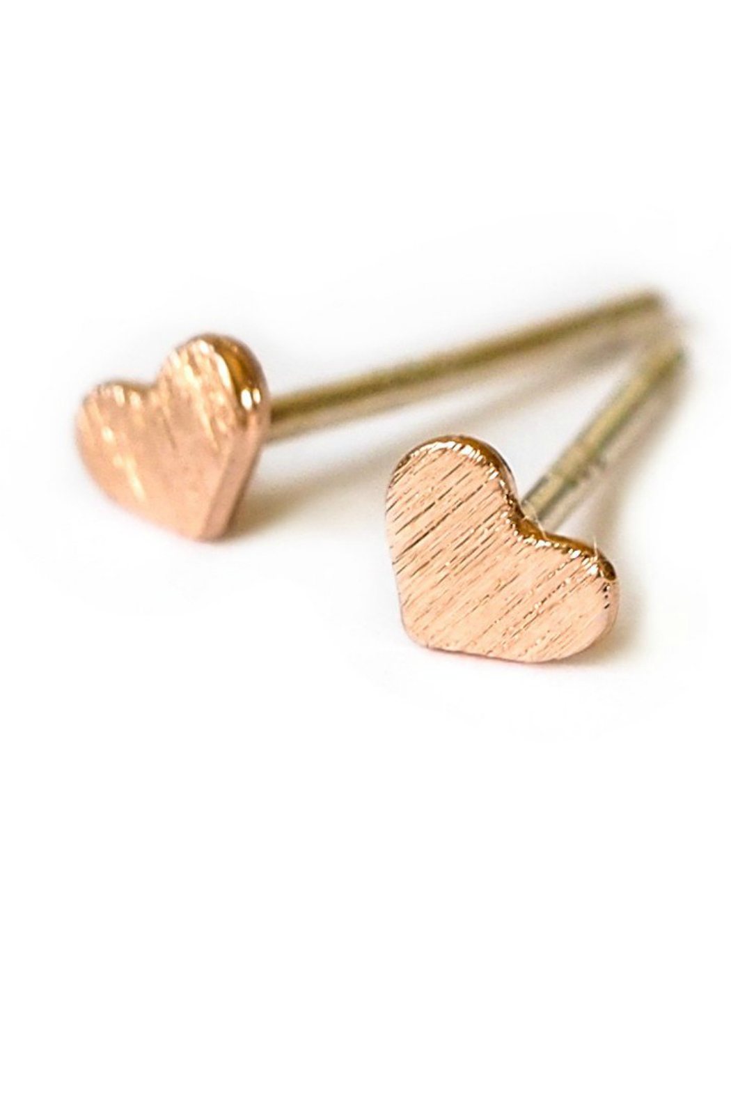 Adorn512 heart stud earrings - Front Cropped Image