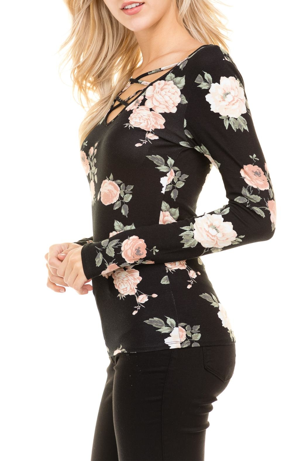 Heart and Hips Floral Lace Up Top - Side Cropped Image
