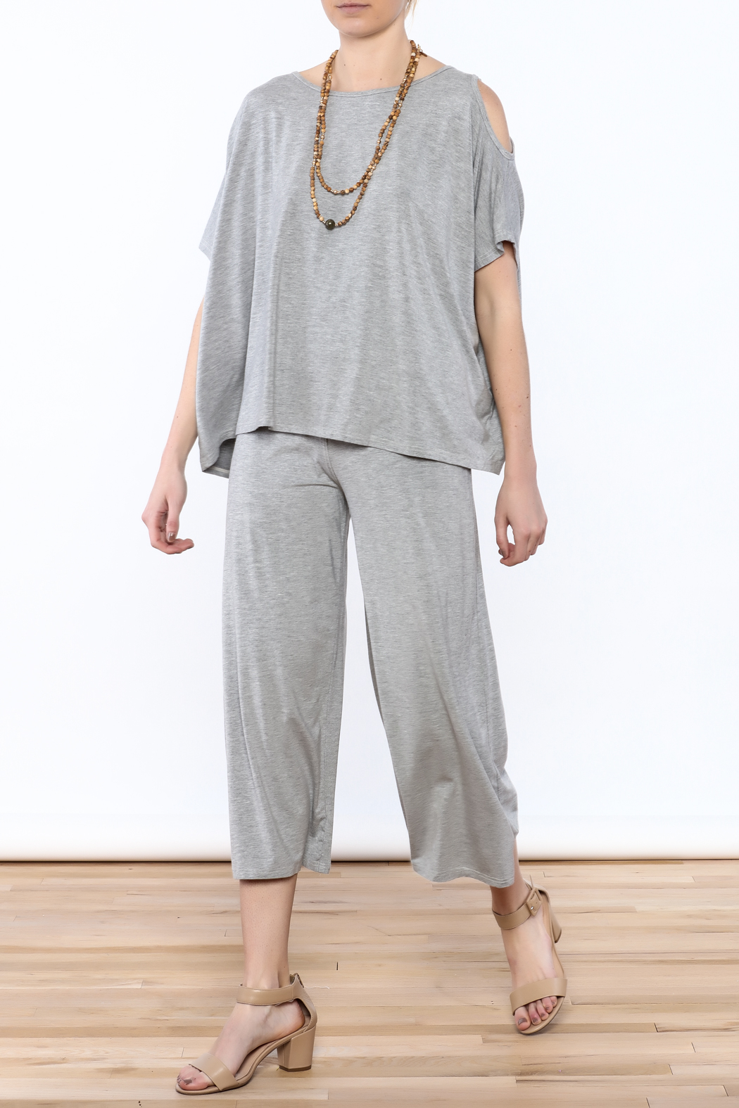 Heartstring Grey Banded Crop Pant - Front Full Image