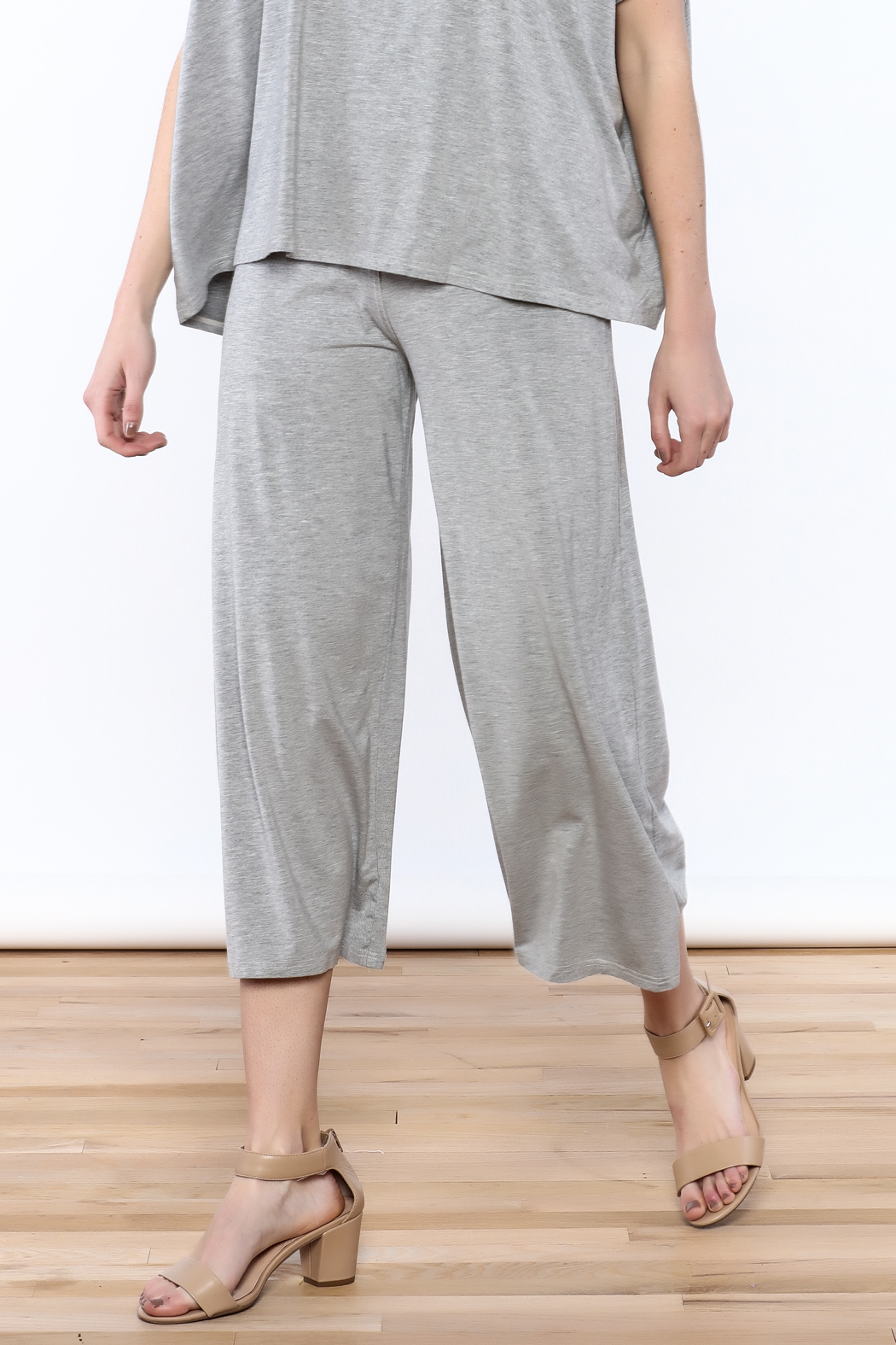 Heartstring Grey Banded Crop Pant - Main Image