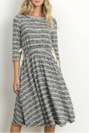 Le Lis Heather Grey Dress - Front cropped