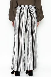 Hem & Thread Striped Pants - Back cropped