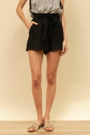 Hem & Thread Charlie Tie-Waist Shorts - Side cropped