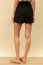 Hem & Thread Charlie Tie-Waist Shorts - Back cropped